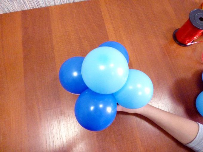 Шестерка воздушных шаров - основной кластер  для создания панно.