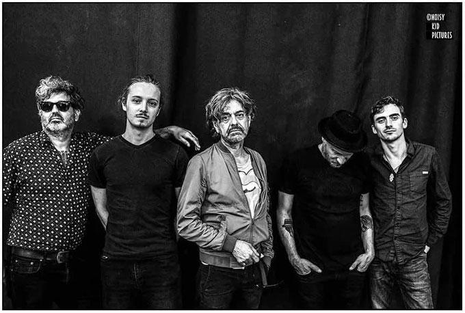 Portrait en photo de musiciens professionnels par un photographe spécialiste en événements qui photographie souvent à Bruxelles