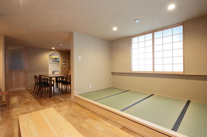小上がりの畳コーナーがある広々とした2階リビング