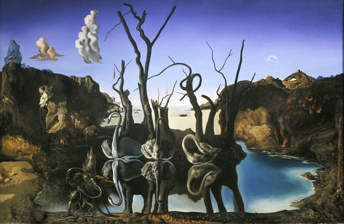 Сальвадор Дали - Лебеди, отражающиеся в слонах