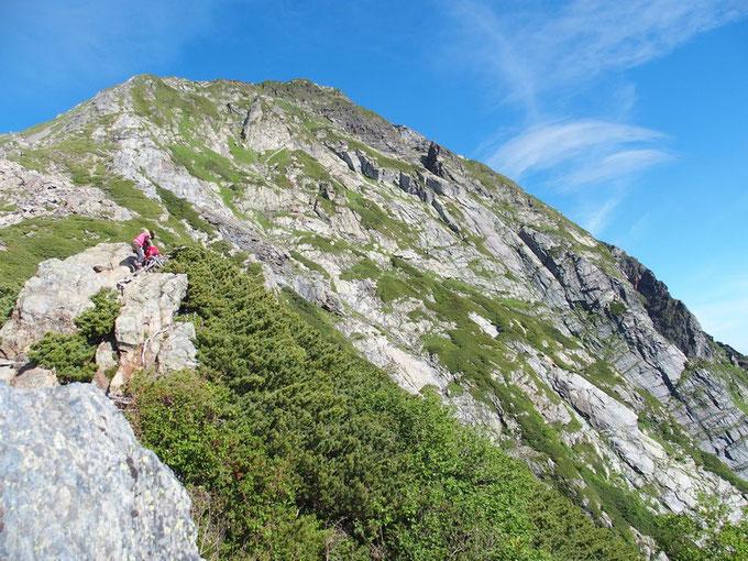 日本で一番標高の高い岩壁・・・標高差600mの″北岳バットレス″