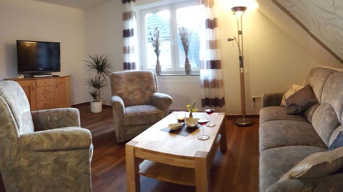 Das Wohnzimmer der Ferienwohnung