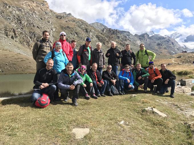 Posieren in Zermatt - Vereinsreise 2017