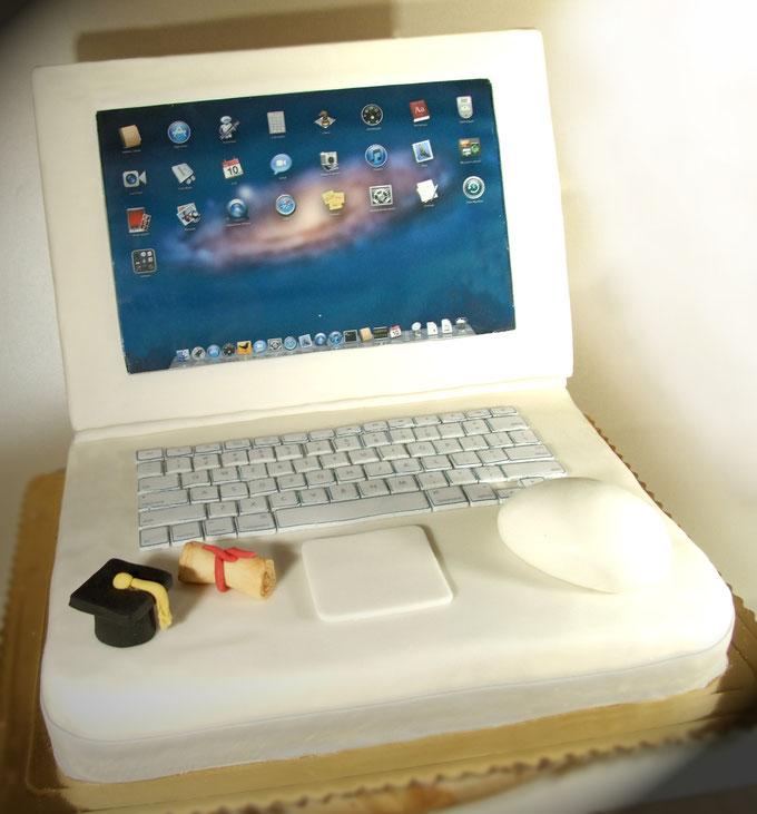 torta mac-pc-dolci-la spezia-liguria-torte-compleanno-torte decorate