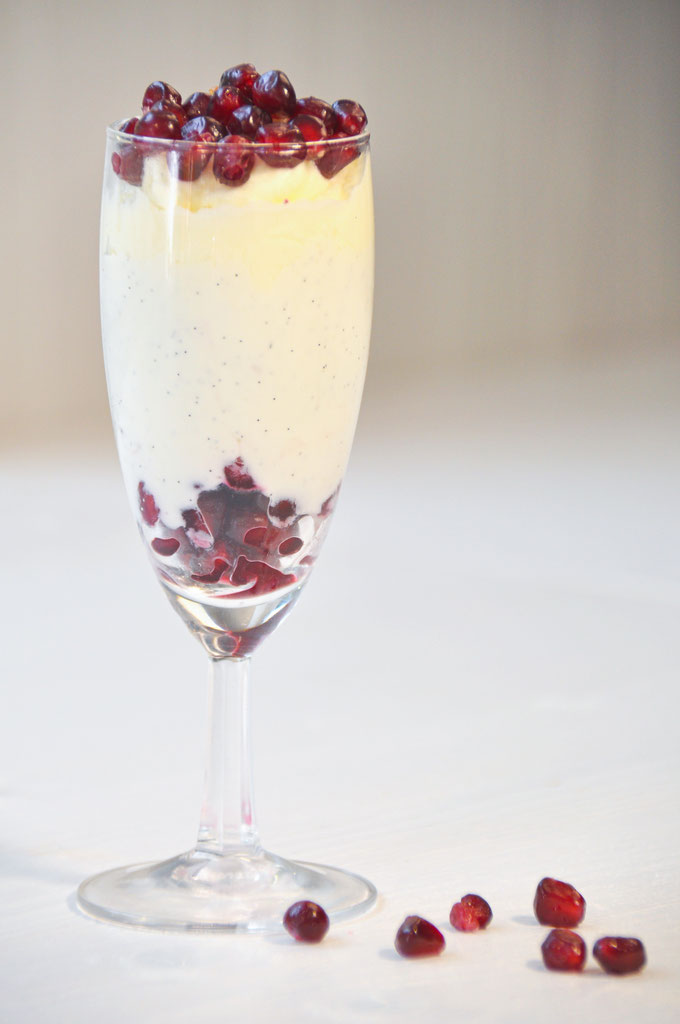 Granatapfel Desser mit Sahne Quark Creme, Thermomix
