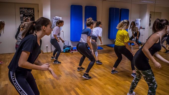 Streetdance in Wiener Neustadt, StyleWars legendary, Style, HipHop, Dance, Tanzen Wiener Neustadt, Wiener Neustadt, Street, Dance, New Style, HipHop, Austria