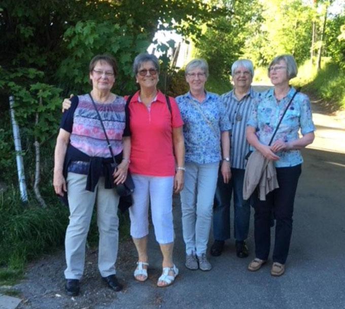 Mai-Wanderinnen des Frauenkreises