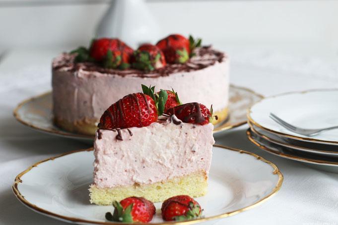 Erdbeer Käsesahnekuchen Rezept Oligarto Blogzine Backen