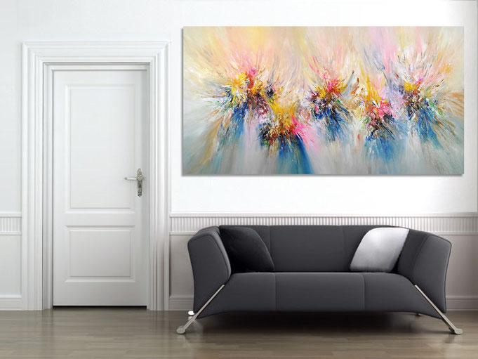 An abstract Nottrott- painting gives any space a very individual ambience