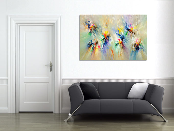 "by the abstract painting ""Delightful...XL 1"" obtained the athmosphere of the room a particularly individual character"