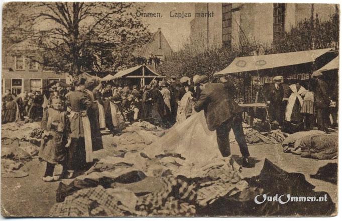 1930, Kerkplein, de lapjesmarkt.