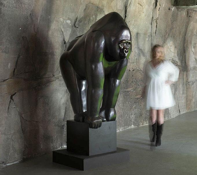 Bronze Gorilla (Big Good Gorilla) by Frans van Straaten