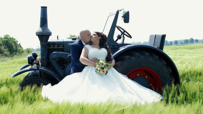 Hochzeit mit Trecker - Oldtimer Trecker von treckerausflug.de