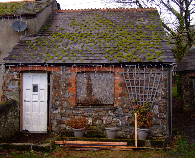 The Old Smithy, Grinacombe Cross Cottage