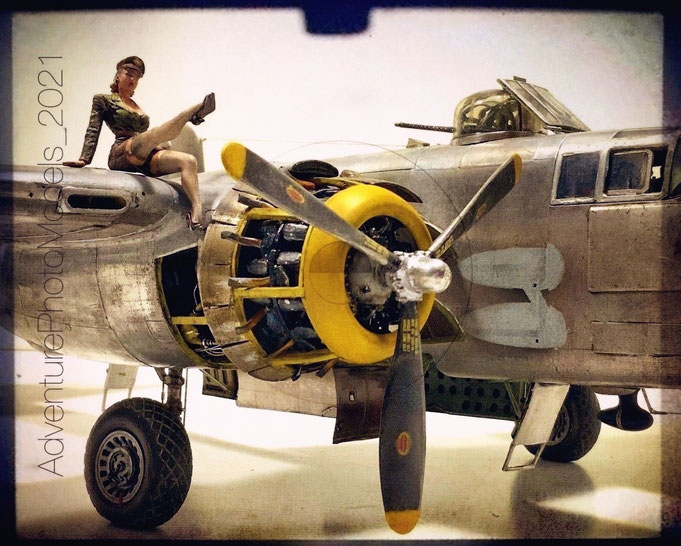 "MWP Project "" Lady Lil "" - B-25 J Mitchell Strafer nose HK Models 1/32 scale Full aluminum coated"