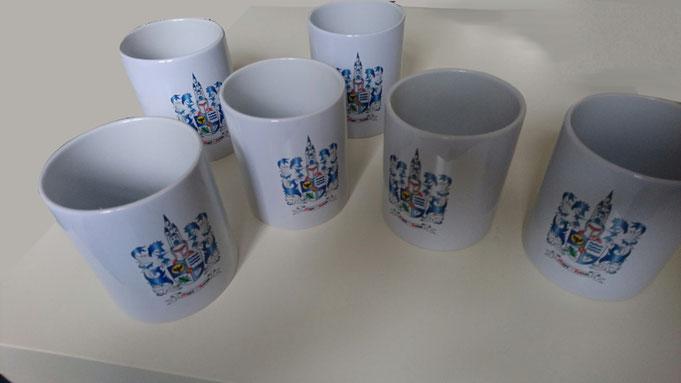 Bedruckte Tassen mit Familienwappen bestellen, kaufen