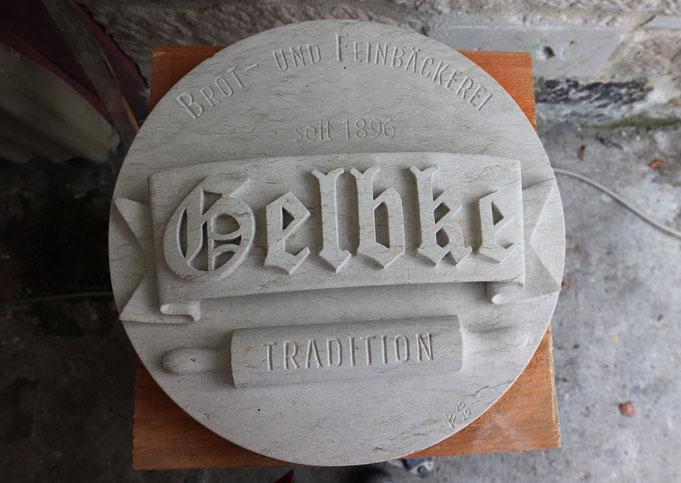 Logo in Sandstein gehauen, gemeißelt, Geburtstagsgeschenk, Jubiläum