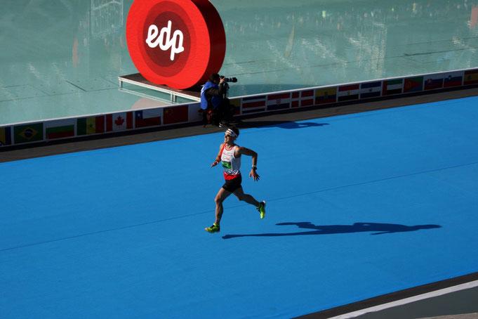 Zielsprint um die knappen vier Sekunden auf dem blauen Teppich (Foto: privat)