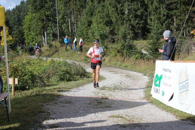 Steffen läuft auf den zweiten Gesamtrang beim 17. Burgenrennen Ehrenberg (Foto: www.radclub-reutte.at)
