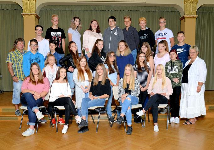 Klasse 10b / Klassenlehrer Frau und Herr Weinhold