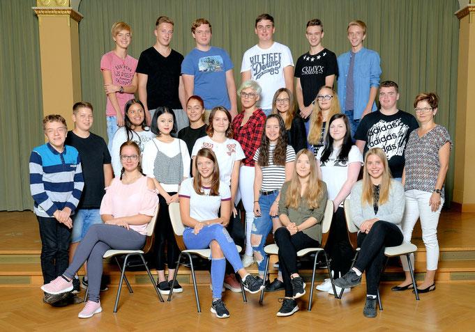 Klasse 10a / Klassenlehrerin Frau Geigenmüller