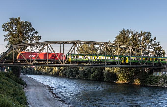 Ivo - Foto 4 - Die Eisenbahnbrücke