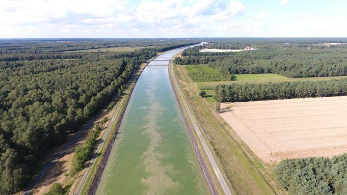 Der Elbe-Seitenkanal bei km 18,7 in Richtung Norden