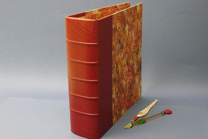 Half calf loose-leaf binder