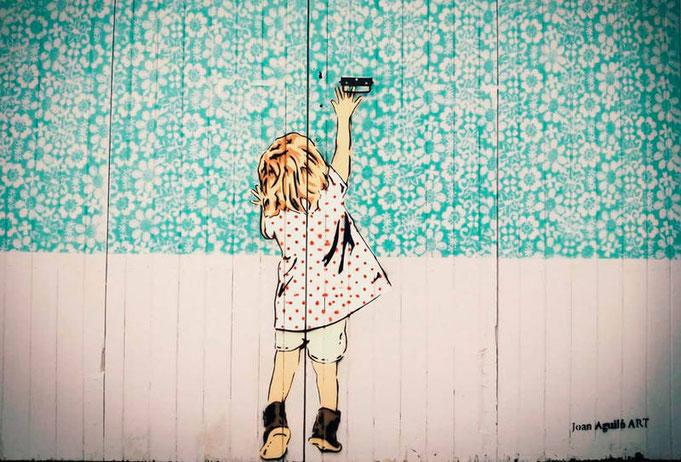 """Obrint portes"" - Autor: Joan Aguiló"