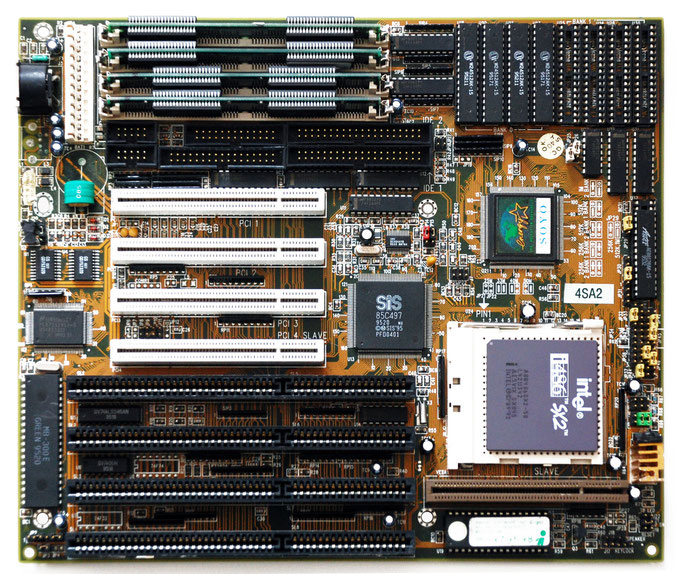 SOYO 4SA2 Motherboard with Intel 80486 SX2-50