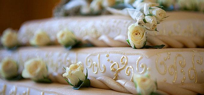 Ein Hochzeitsjubiläum muss kein rundes sein, um gefeiert zu werden – doch mit Just Maryed wird's in jedem Fall eine runde Feier.