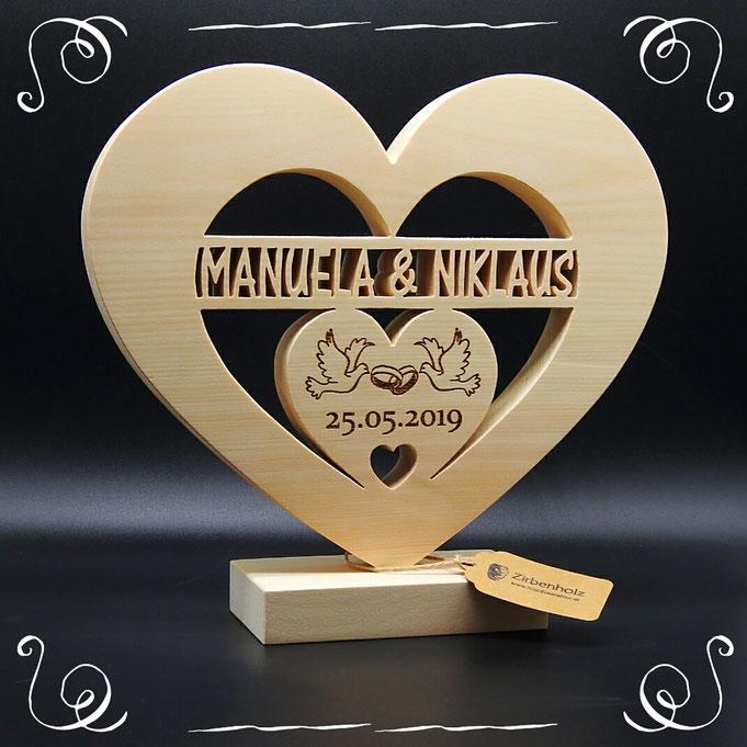 Hochzeitsgeschenk aus Holz, mit Namen und Datum personalisierbar!