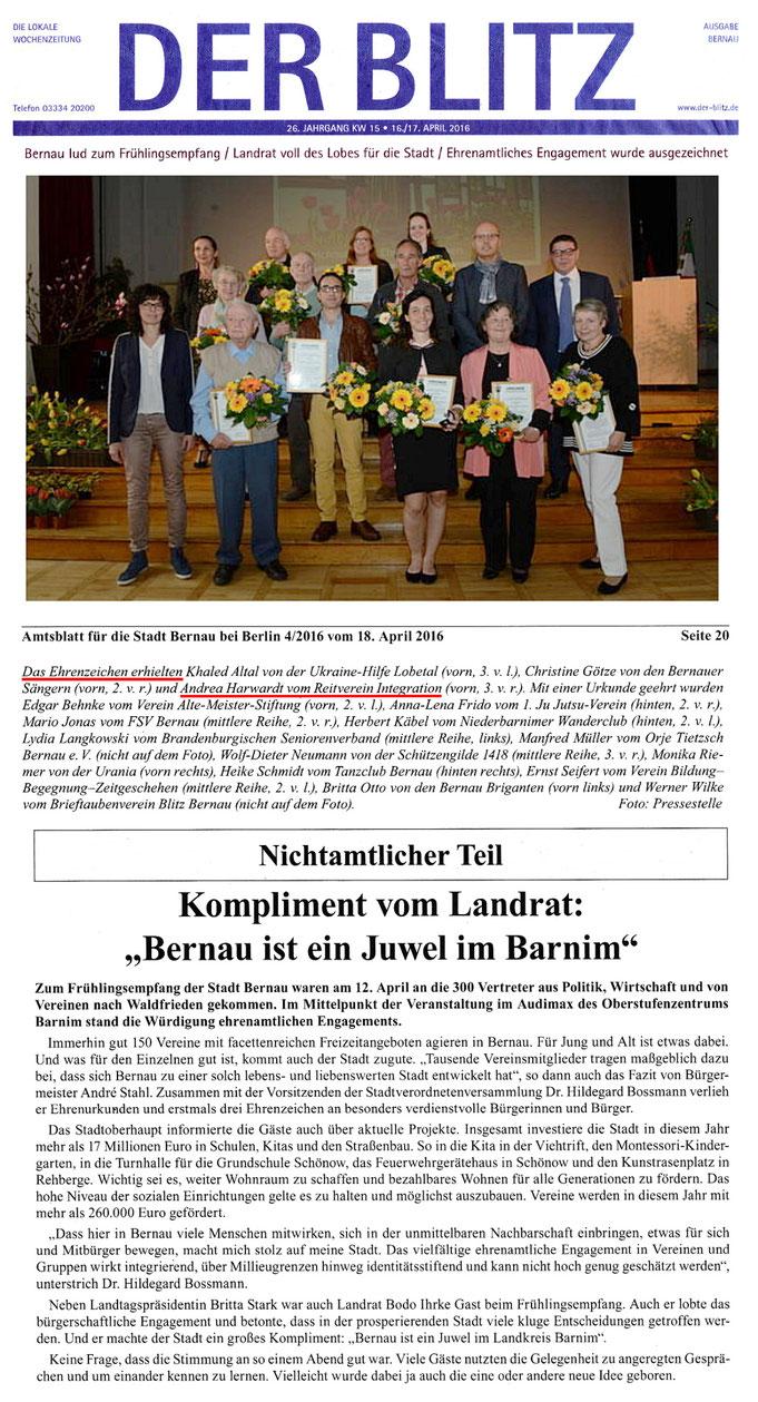 """Ehrenzeichen für ehrenamtliches Engagement für Andrea Harwardt vom RVI, erschienen am 16./17.4.2016 In """"Der Blitz"""""""