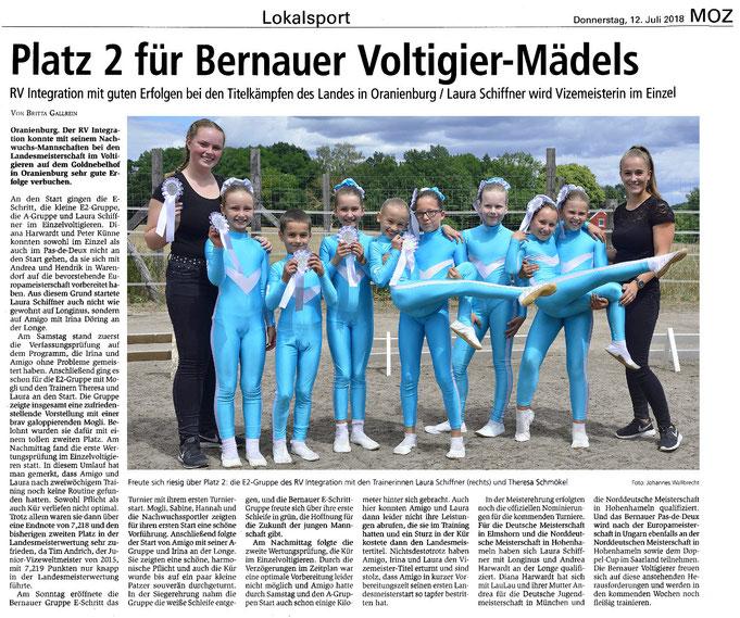 Zweiter Platz für die E2-Gruppe und Nominierungen für weitere Meisterschaften für die Voltigierer des RVI, dieser Artikel erschien am 12.07.2018 in der MOZ