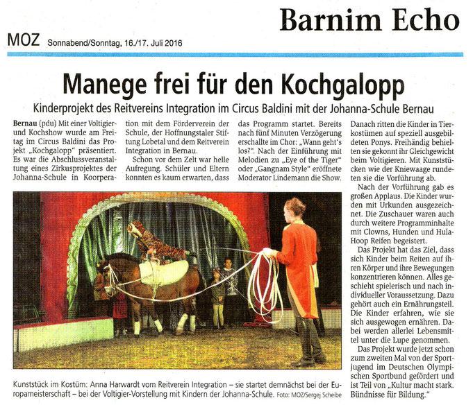 """Abschlussveranstaltung des Projektes """"Kochpalopp"""" des RVI im Circus Baldini, erschienen am 16./17.07.2016 in der MOZ"""