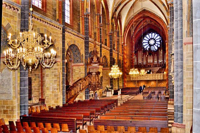 Im St. Petri Dom in Bremen 8
