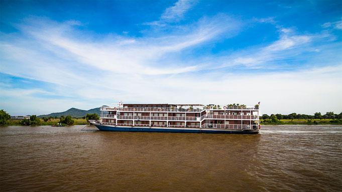 Para los que tienen más tiempo y dinero, también hay cruceros que remontan el rio en cuatro días.