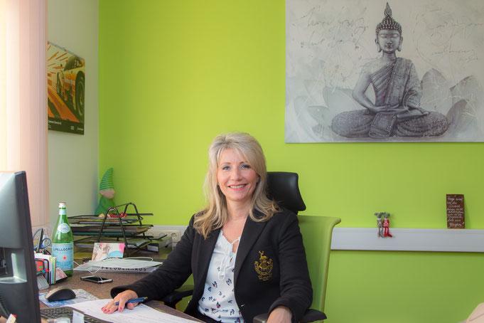 Roland Frisch freut sich auf Ihren Anruf oder Ihre Nachricht