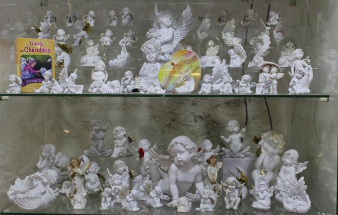 anges, archanges, oracles, tarots, lithothérapie, pierres de lumière