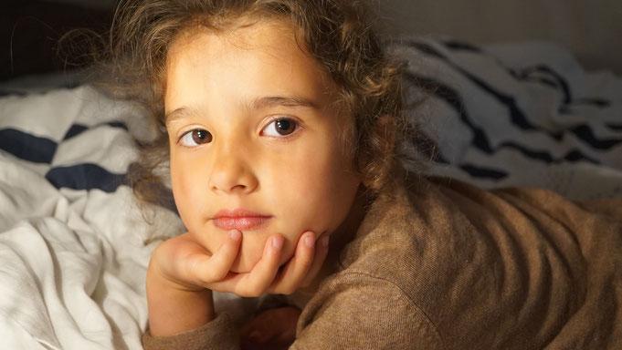 Model Eva, Portrait eines Kindes, Fotografin Victoria Puschkin