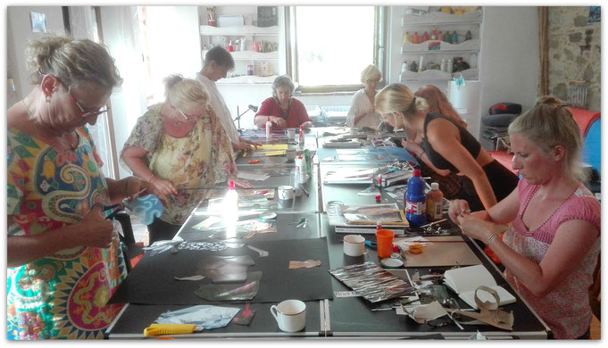 Sparks of Wonder hosts a group...amazing souls creating side by side!