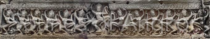 Frise de danseuses sacrées. Preah Khan.