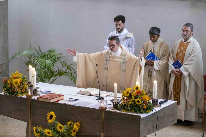 Pfarrer Reinhard Hangst beim Abschieds-Gottesdienst