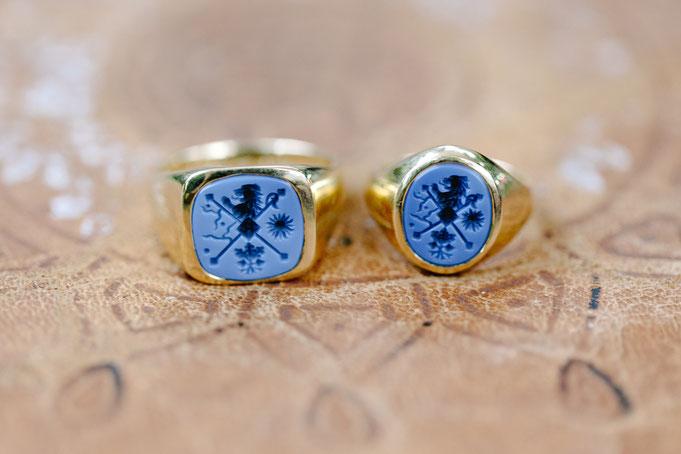 Herren- und Damenring aus 750er Gelb- und Roségold mit blauem Lagenachat - Foto: Hanna Witte Hochzeitsreportagen
