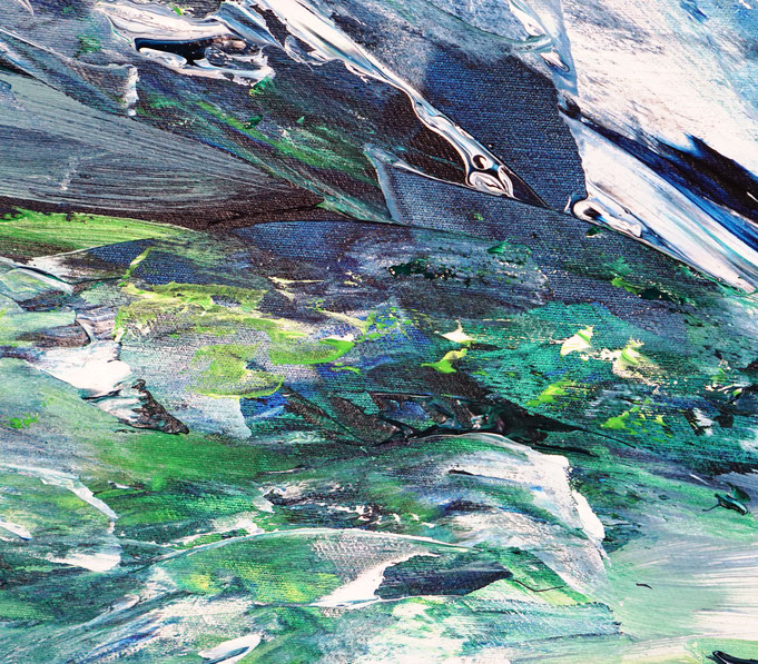 Detail  12