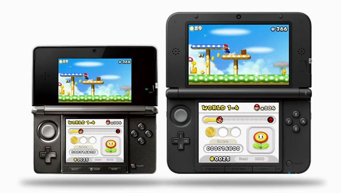 Comparativa de la Nintendo 3DS (a la izquierda) respecto a la Nintendo 3DS XL, 2012