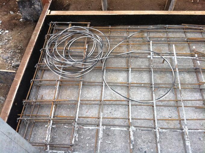 Erdungskabel Anschluss an Bodenplattenbewehrung