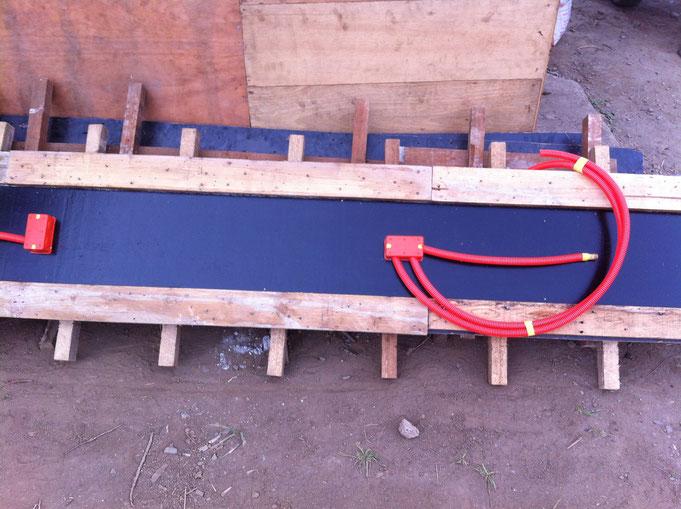 Holzschalung für Betonstützen mit Elektroeinlagen