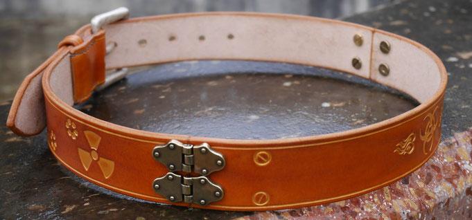 Exemple d'utilisation des charnières sur une ceinture