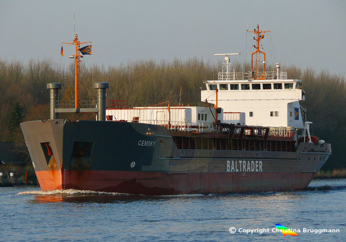 Zementfrachter CEMSKY, Nord-Ostsee-Kanal